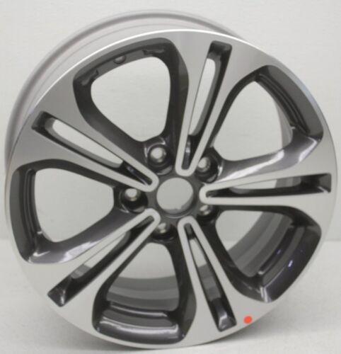 OEM Kia Forte5 17 inch SX Wheel Scratches 52910-1M750