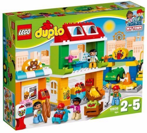 LEGO DUPLO  My Town 10836 Town Square