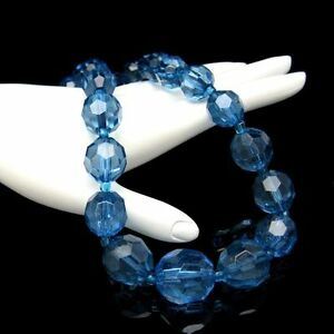 Vintage-Necklace-Blue-Lucite-Moonglow-Faux-Crystal-Chunky-Beads-Very-Pretty