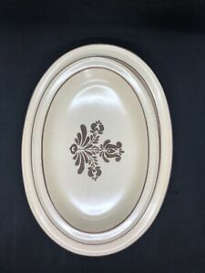 Set-Of-2-Pfaltzgraff-Village-Serving-Platter-Plate