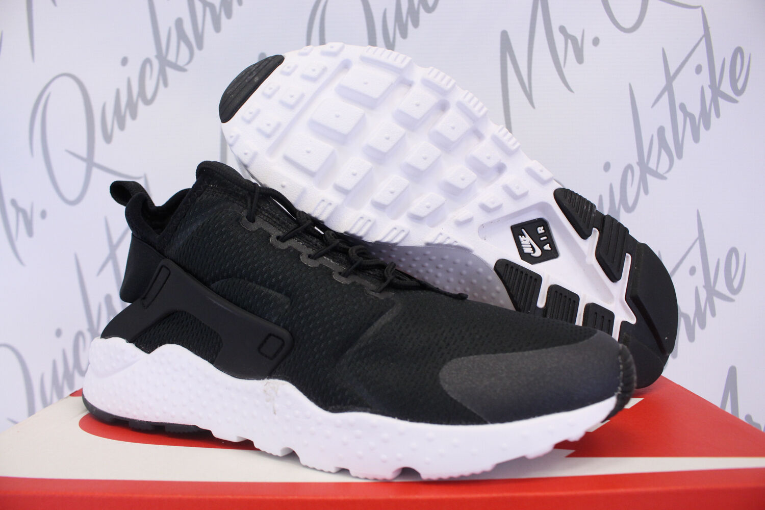 NIKE Damenschuhe AIR HUARACHE RUN ULTRA SZ 5 BLACK WEISS 819151 008