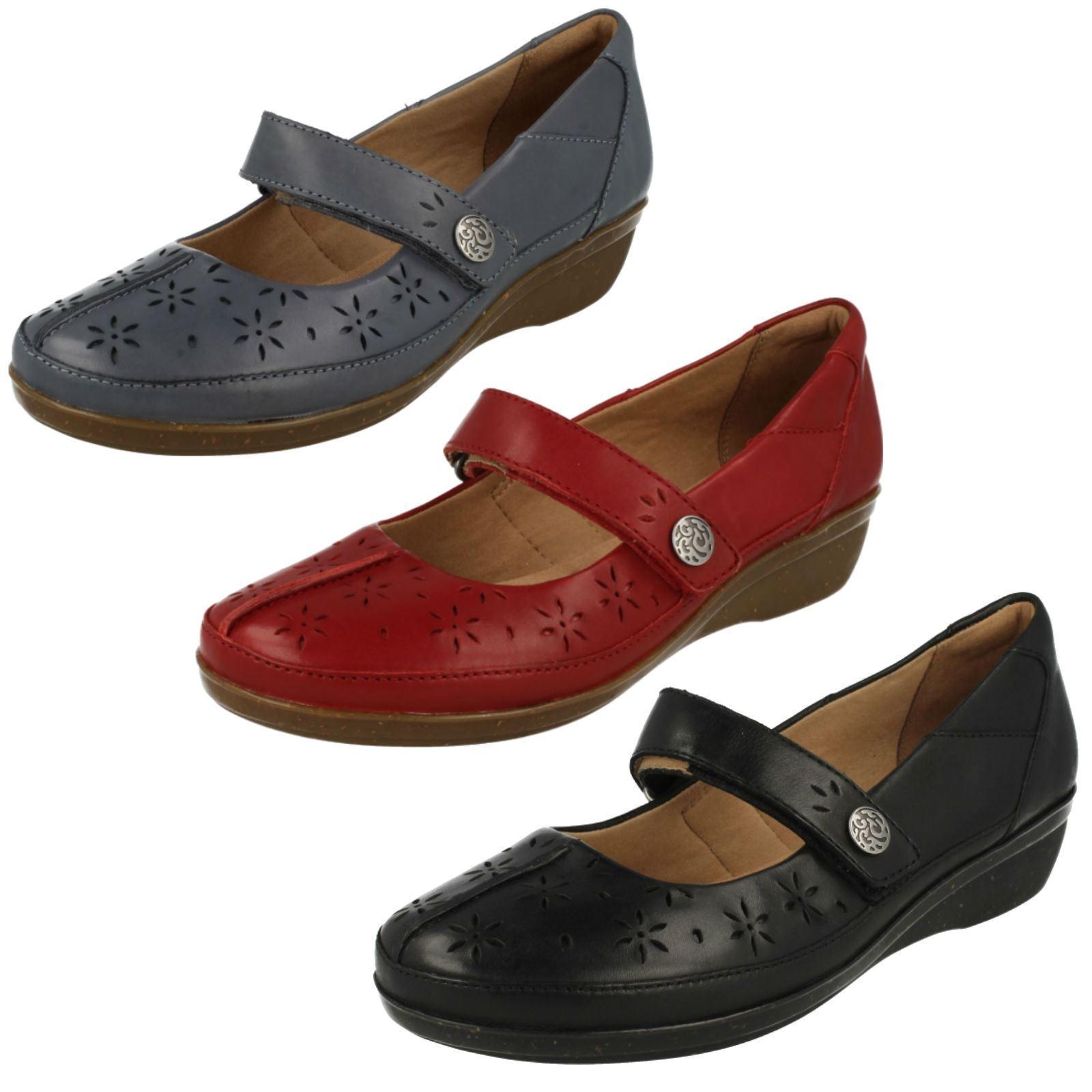Damen Clarks everlay BAI schwarz, blau oder rot Leder Freizeit Mary Jane Schuhe