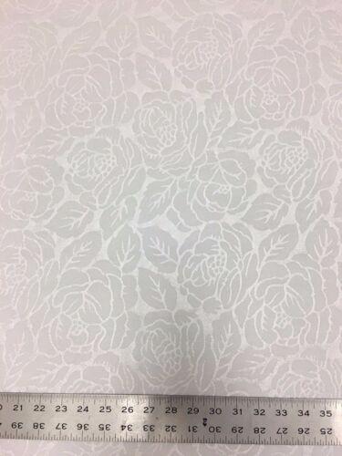 Flower All Over Texture Design Medium Weight Polyester Spandex Fukuro Fabric