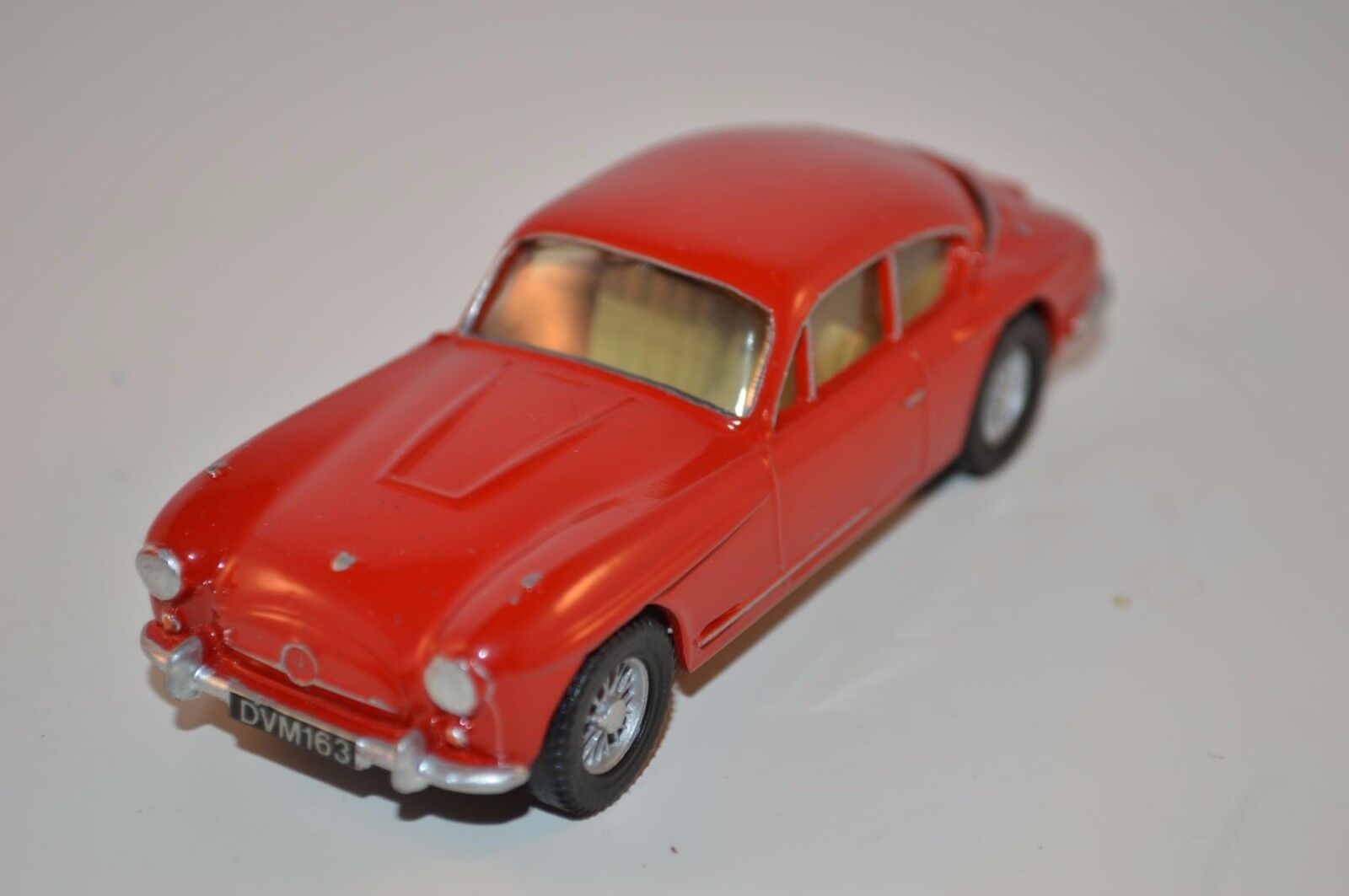 PP Copy Copy Copy Models Jensen red 1 42 scale made in Great Britain mint superb 15c0f0