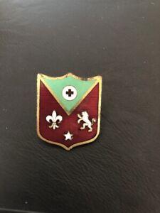Vintage Robbins Co, Attleboro MA Pin back Shield Lion Fleur De Lis- WWII