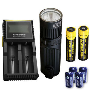Nitecore SRT9 Flashlight w/D2 Charger, 2x NL183 & 4x CR123A Batteries