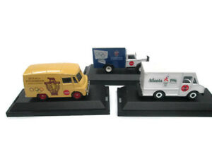 Coca-Cola Die-Cast Commemorative Trucks 1996 /& 1956 Olympics 1960