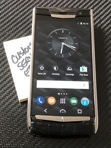 Brand-NEW-Genuine-Vertu-Signature-Touch-5-2-034-Jet-Alligator-Black-Extremely-RARE