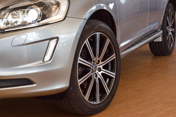 Volvo XC60 2,0 D4 181 Momentum aut. - billede 4