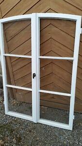 Altes Fenster altes fenster mit sprossen und 5 cm rundbogen sprossenfenster holz
