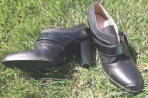 Liz-amp-Co-Black-Leather-Booties-Heels-Buckle-Women-039-s-6-5-Excellent-Stylish