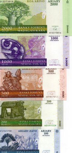 MADAGASCAR set of 5 100,200,500,1000,2000 Ariary UNC 2004-06 p-86,87,88,89,90
