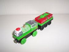 Thomas Wooden Train Holiday Percy and Present Car Set Musical O Christmas Tree