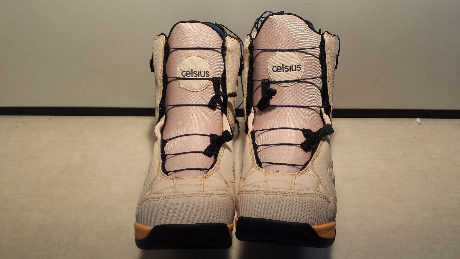 Brand New Women's Celsius Cosmo Speed Lace Beige Snowboarding Boots - Size  10