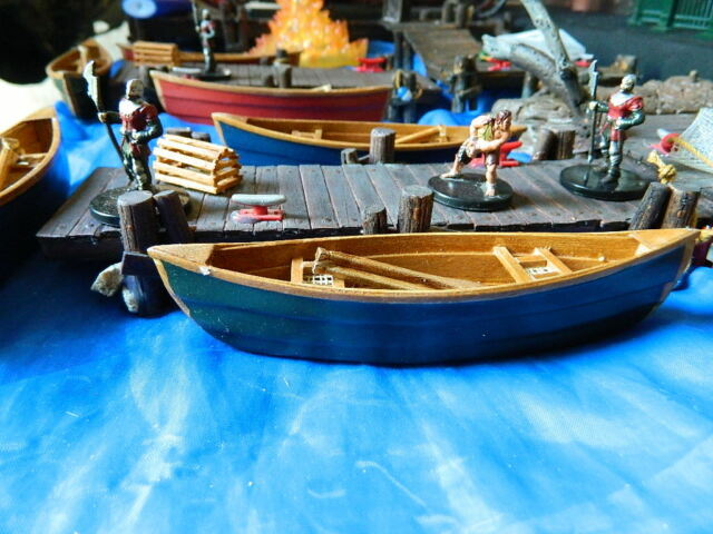 Wood canoe miniature, Green. Perfect scale for Dungeons & Dragons. RPG