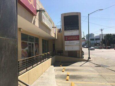 Local 7 en renta Centro Comercial Campestre sobre Blvd Agua Caliente