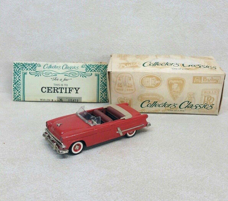 Collector's Classics 1953 Ford Sunliner Car 1 43 NEW NEW NEW W  Original Box 550626