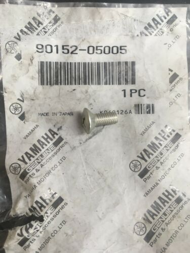 NOS Yamaha YT125 YDS5 YR1 DT1 R3 XS2 TX500 Countersunk Screw 90152-05005-00