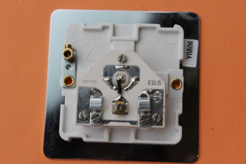 MK K14320 Poc W simple 1 G TV//FM Co-axial Prise Chrome Poli Blanc Insert