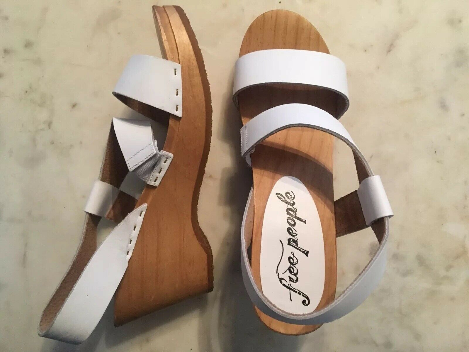 Free People Leather Wooden Sandal 37  128 Retail