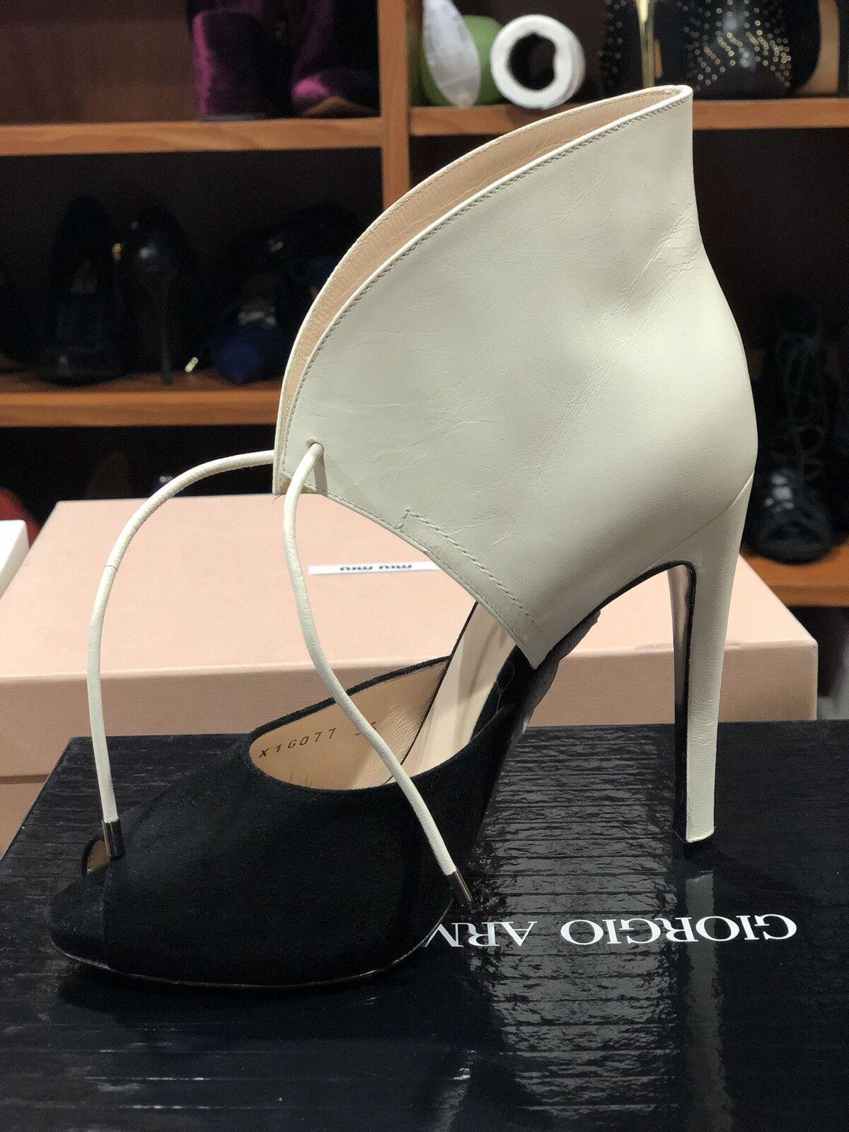 Giorgio Armani Brand Bew in Box  scarpe Dimensione 36  6 Leather Suede  nuovo di marca