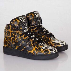 03a29b4fdad8 Image is loading Adidas-Originals-JS-Jeremy-Scott-Instinct-Leopard-Black-
