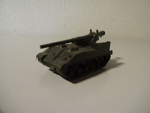 E10-21-Roco-106-M-40-155-after-World-War-II-Solid-Military-1-87-Used