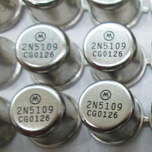 RF//VHF//UHF Transistor MOTOROLA//RCA TO-39 2N5109