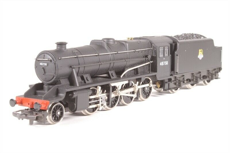 Hornby R322 BR Class 8F 2-8-0 48758, NEW
