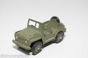 DINKY-TOYS-674-AUSTIN-CHAMP-JEEP-ARMY-GREEN-EXCELLENT-REPAINT