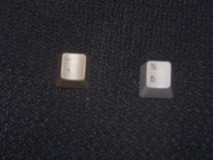 Replacement-Keycaps-for-Macintosh-128k-512K-or-Macintosh-Plus-keyboards