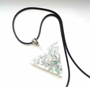 necklet-Orgonite-pendant-Wicca-Triskele-Pagano-positive-energy-protection