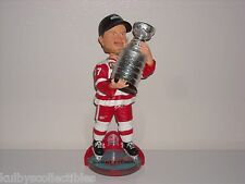 BRETT HULL Detroit RedWings Bobble Head 2002 NHL Stanley Cup Champs Trophy New*