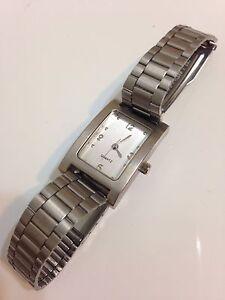 Ladies-Silver-Tone-Working-Quartz-Watch
