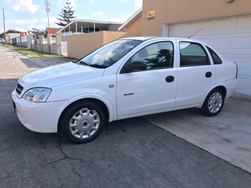 Opel corsa 1.4 i for sale