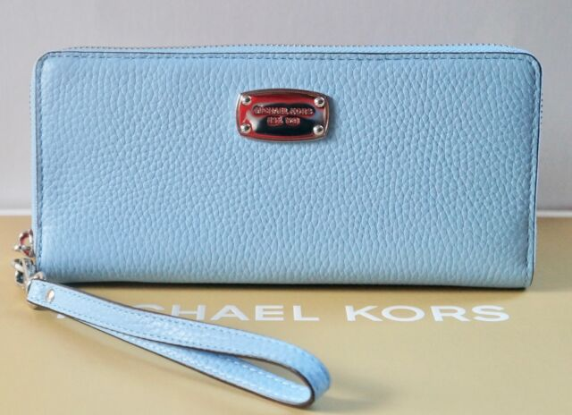 c4a15f00a367 Michael Kors Jet Set Item Travel CONTINENTAL Wallet Leather Light ...