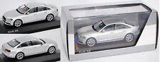 Schuco 5011006113 Audi A6 (C7, Typ 4G) eissilber, 1:43 Werbemodell