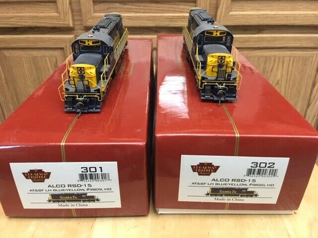 (2) ho Santa Fe Broadway Limited RSD-15 engines