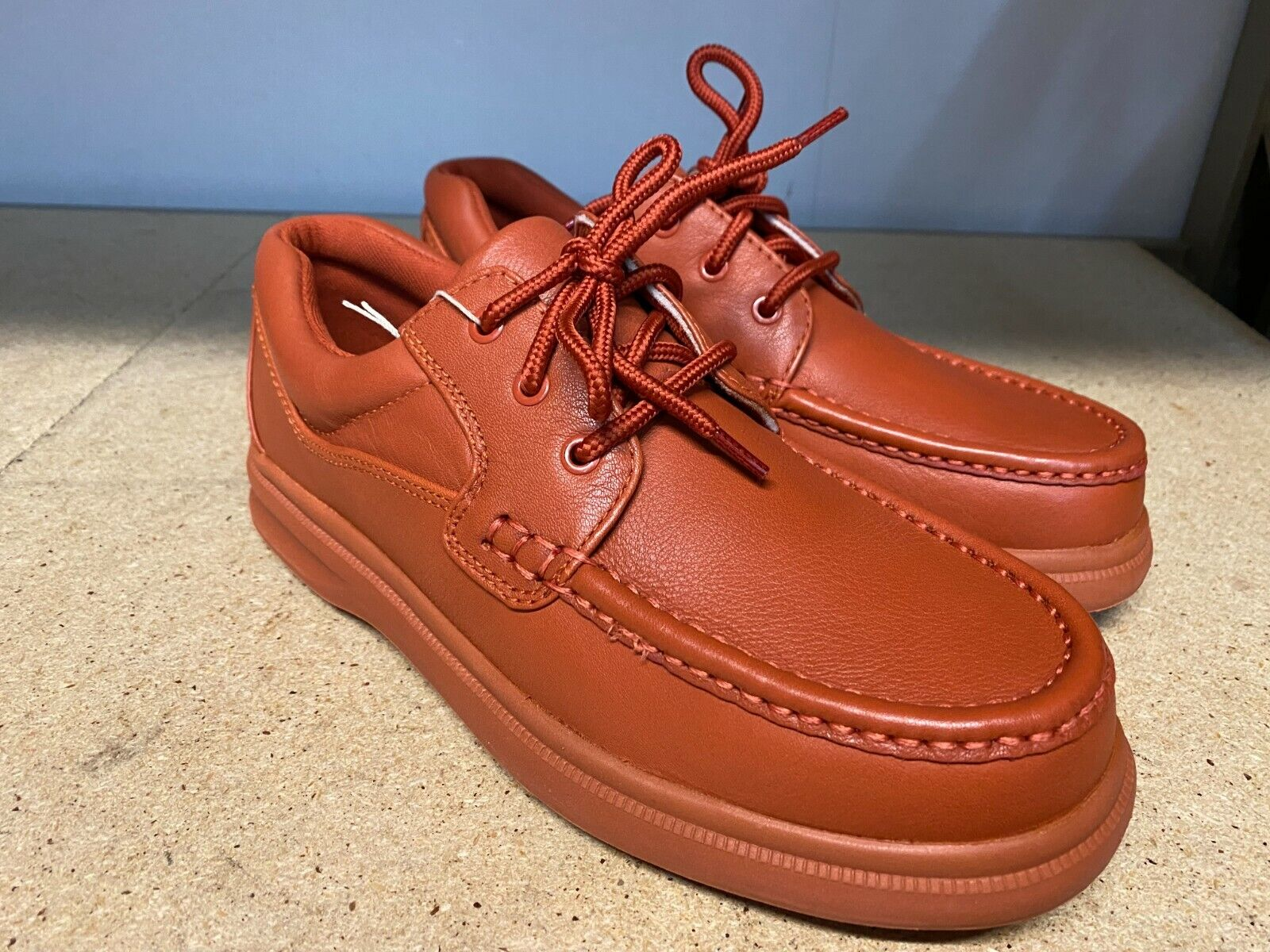 Hush Puppies Gus LaceUp Leather Oxford Walking Shoes Sz 9.5 Red HM01130-206 B17