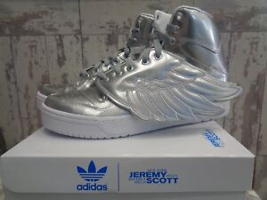 premium selection cd651 de338 Image is loading Adidas-Originals-Jeremy-Scott-JS-Wings-Metal-S77798-