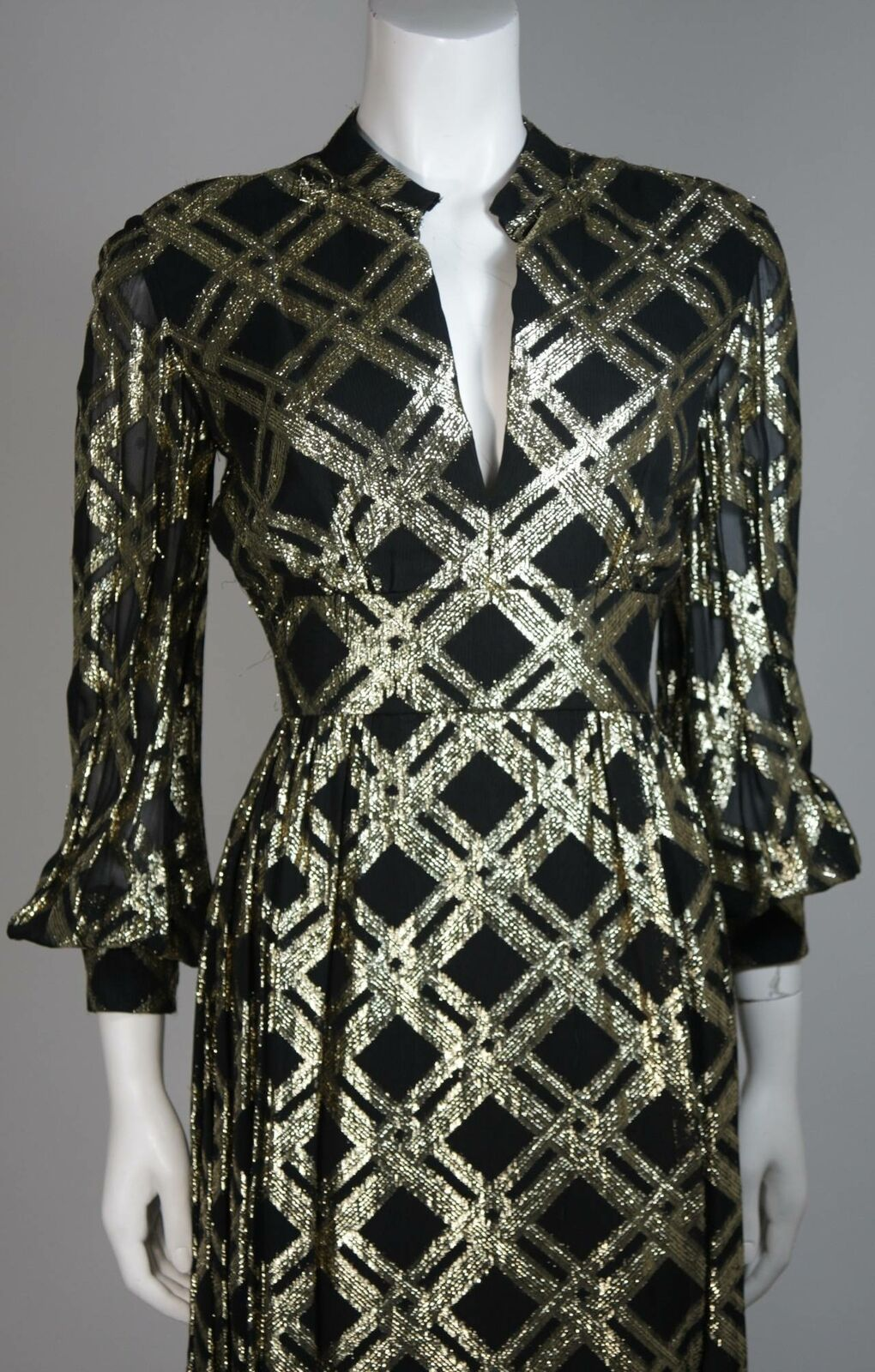 CEIL CHAPMAN Black Silk and Gold Cocktail Dress S… - image 3