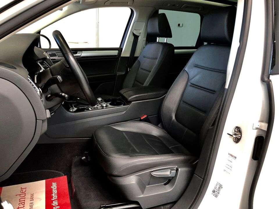 VW Touareg 3,0 V6 TDi 262 Tiptr. 4M Van Diesel aut. modelår