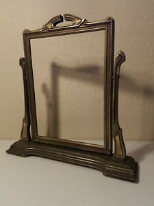 ANTIQUE-VINTAGE-WOODEN-SWIVEL-STAND-UP-PICTURE-FRAME-ART-DECO-6-5-X-9-inches