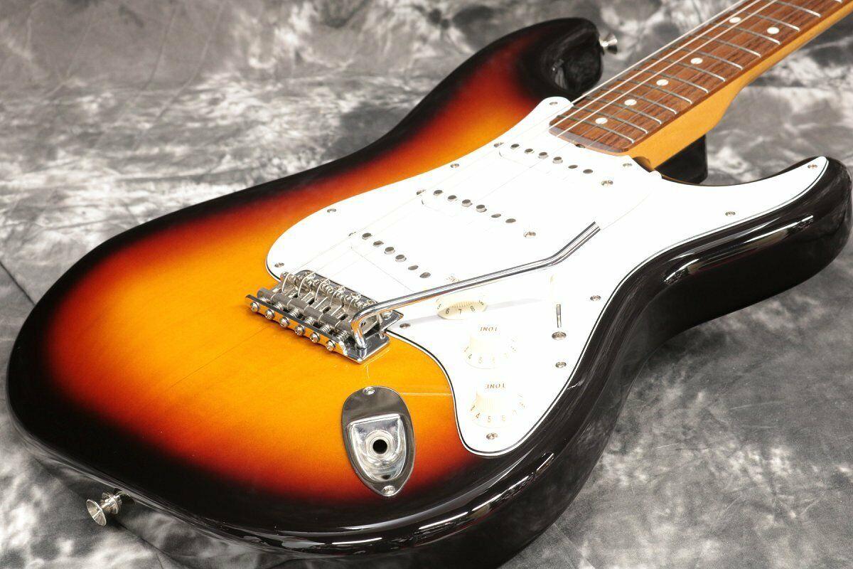 Fender Japan Stratocaster ST62-US 3-Tone Sunburst JAPAN beautiful rare EMS F S