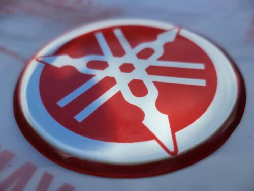 YAMAHA R1 R6 R7 XJR YZF Tank Emblem Badge Gel Decal Sticker RED 40MM *UK STOCK*