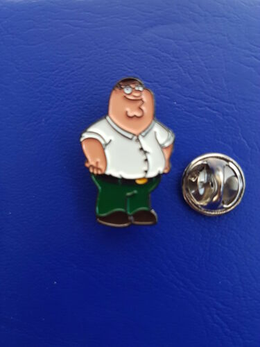 FAMILY GUY PETER GRIFFIN CARTOON TV SERIES QUALITY ENAMEL PIN  BADGE