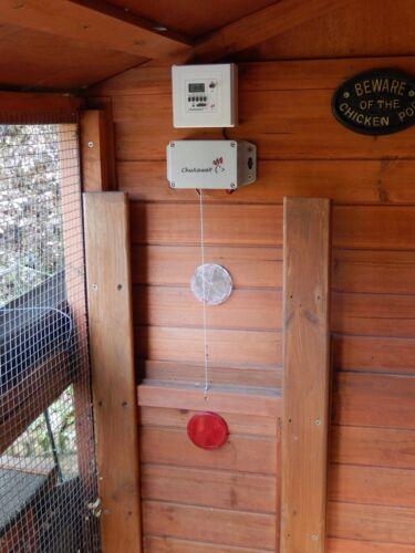 Chuxaway SCX Automatic Chicken Door Opener Pop Hole Opener with Timer Coop
