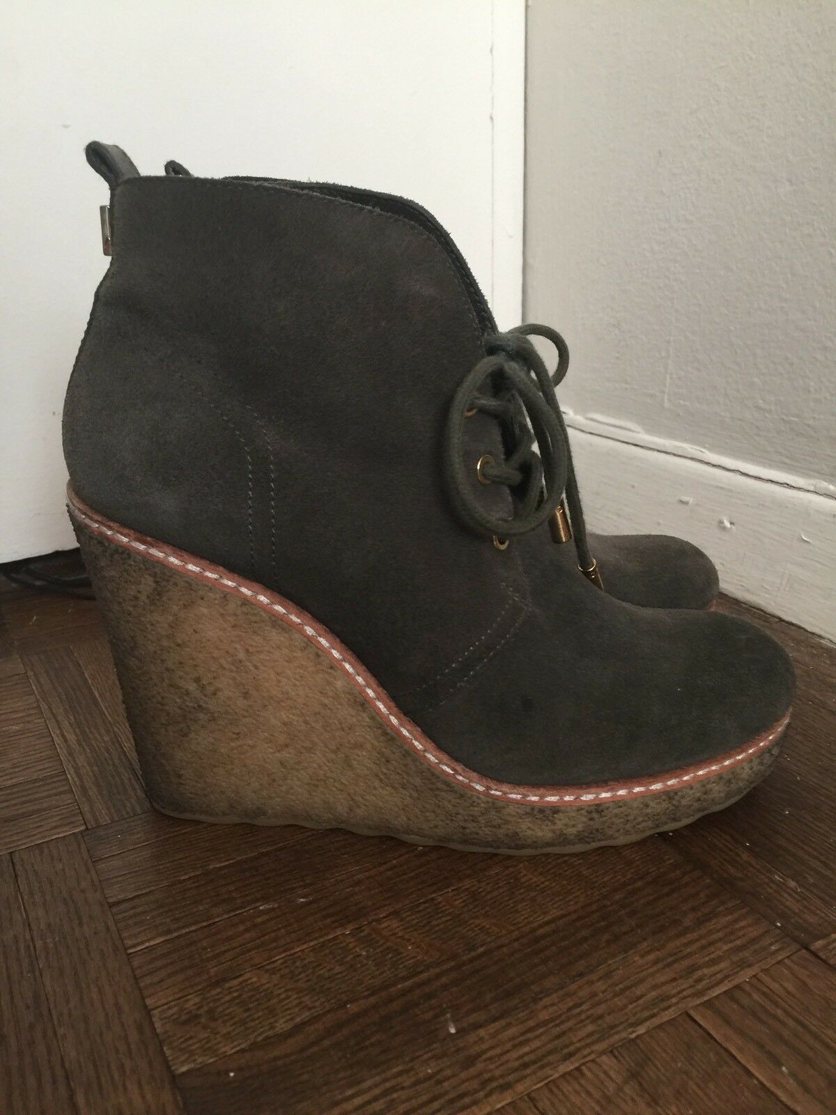 Tory Burch Vikki Vikki Vikki Suede Ankle Mid Wedge Boots Size 7 Booties  Retails for  350 87c21e