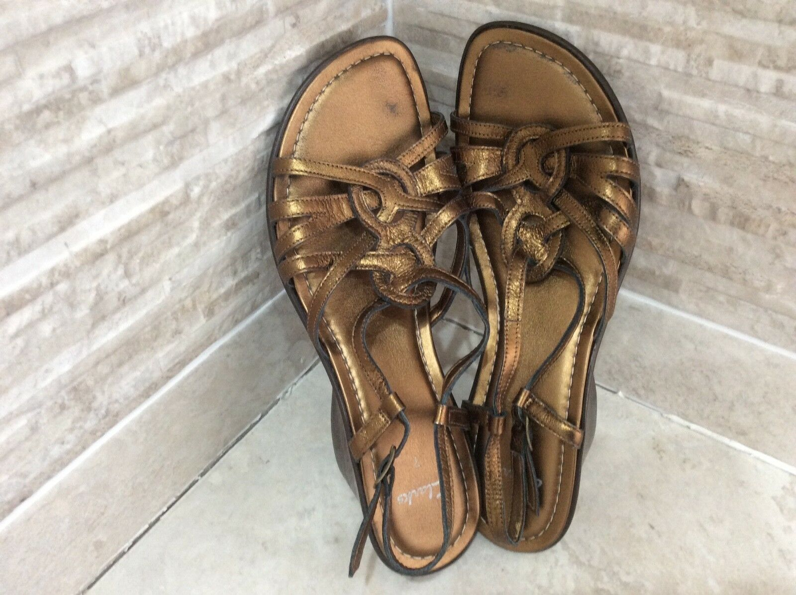 Clark's Bronze Size Leather Wedges/sandals/summer shoes  Size Bronze 65f012
