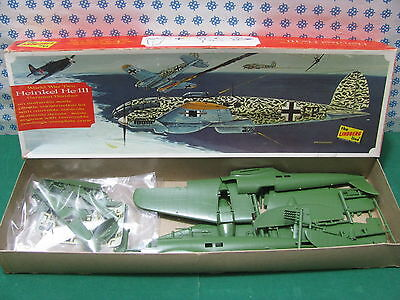 Espressive Rare Vintage - Heinkel He-111 World War Two German Bomber - The Lindberg Line Gamma Completa Di Articoli